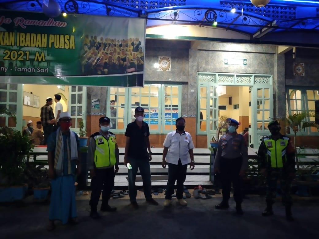 Polres Buleleng Siagakan Personel di Sejumlah Masjid dan Gereja