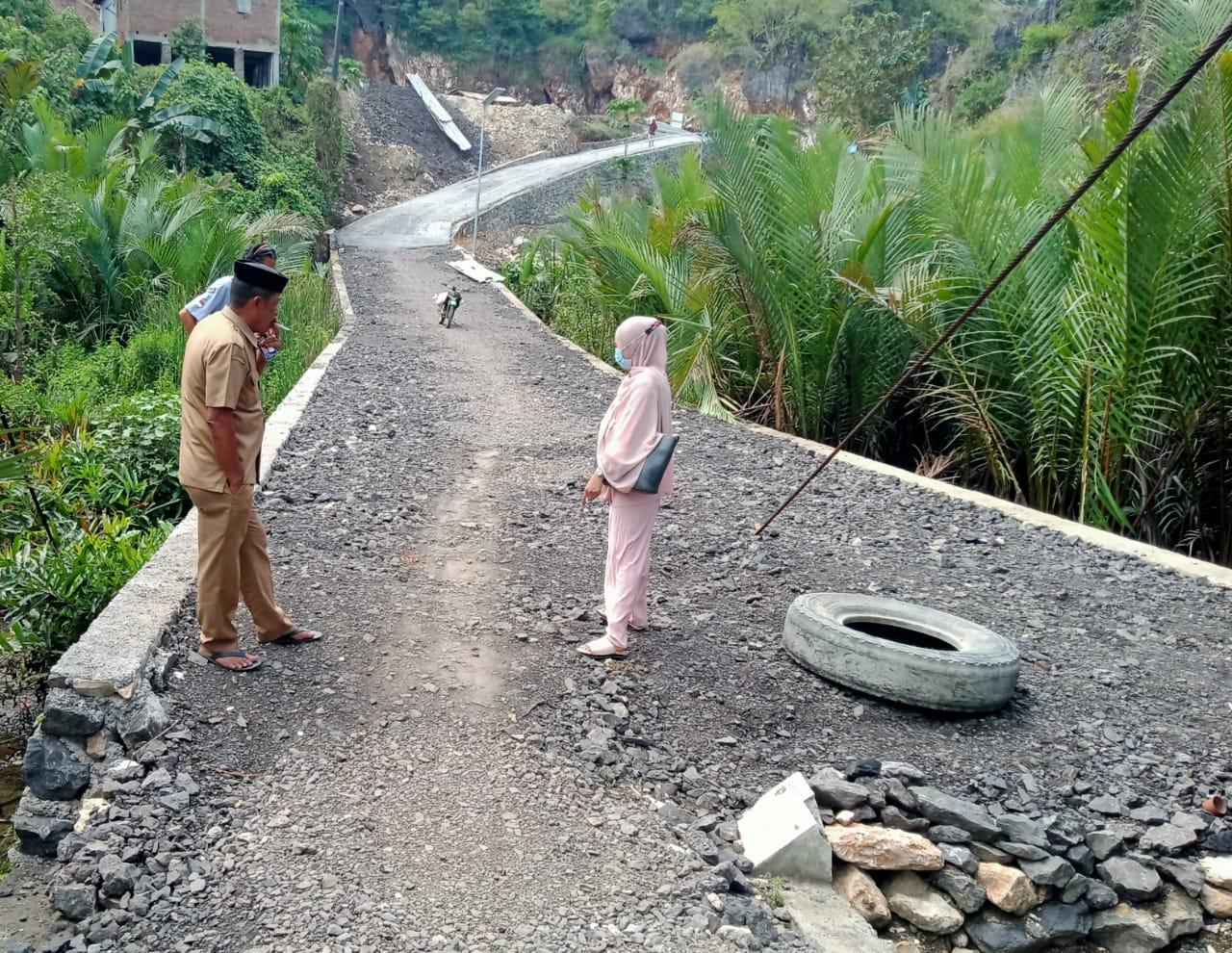 Proyek Padat Karya Tunai Desa Baruga Telah Rampung