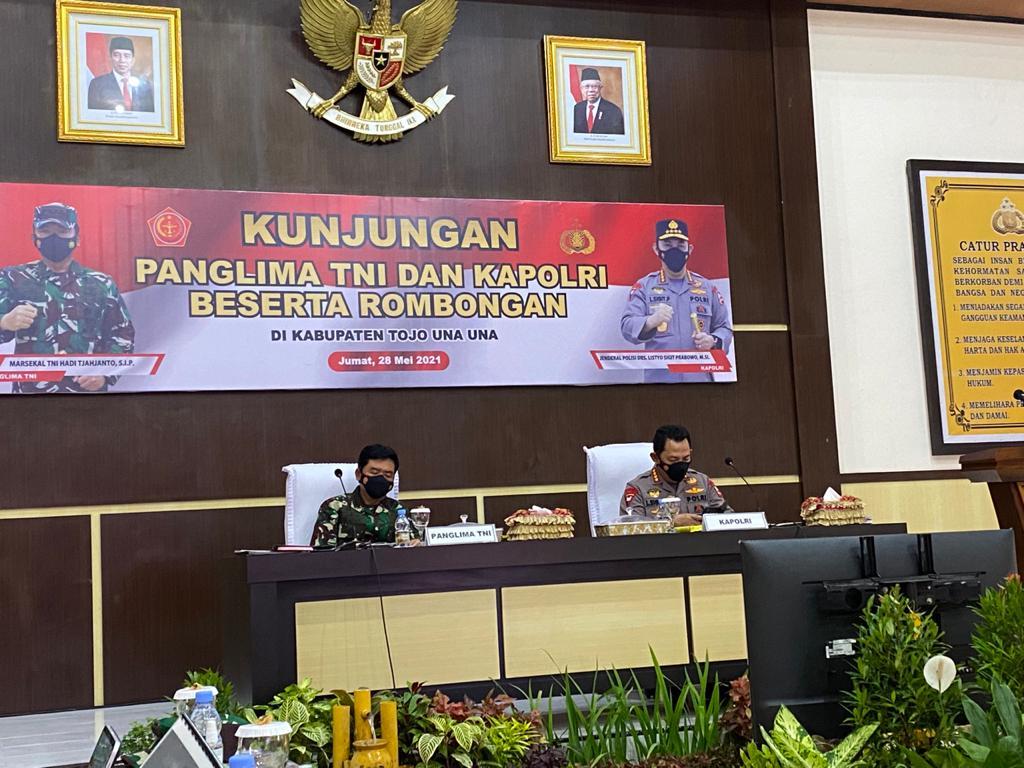 Panglima TNI dan Kapolri Pastikan Negara Tak Akan Kalah dari Teroris