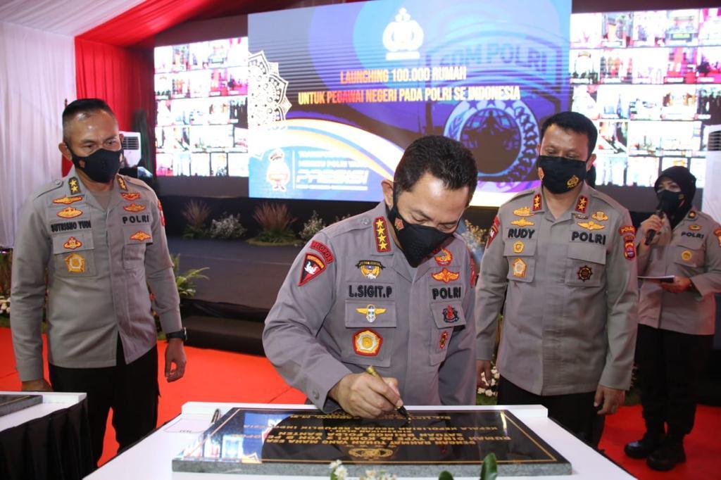 Kapolri Resmikan Gedung Presisi dan 100 Ribu Rumah untuk Personel dan ASN Polres Kota Tangerang