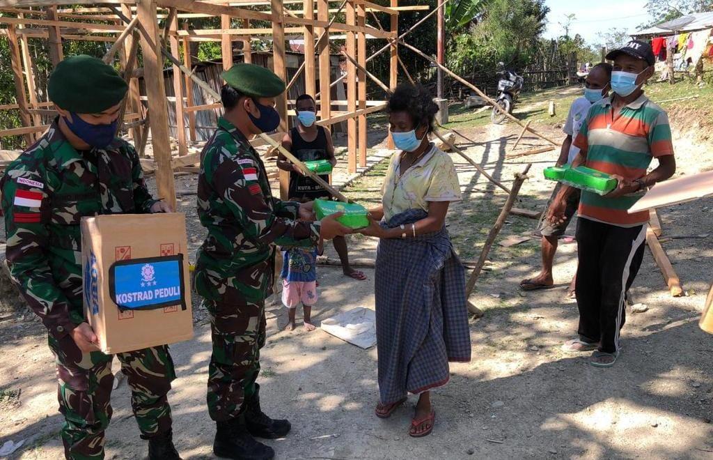 Batalyon Armed 6/3 Kostrad Adakan Kostrad Peduli Terhadap Masyarakat Terdampak Covid-19