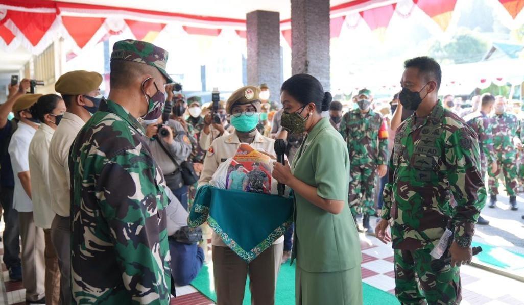 Kasad beserta Ibu Kunjungi RS Dr. R. Hardjanto di Balikpapan