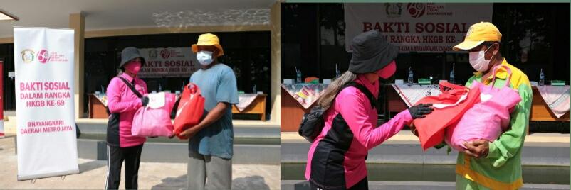 Bhayangkari Polda Metro Berikan Warga Isoman di Bekasi Paket Sembako-APD