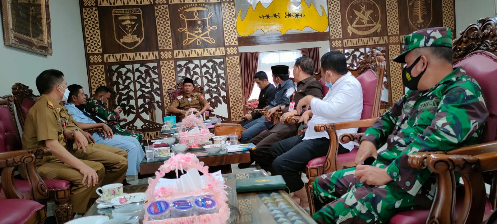 Bupati Parosil Minta Bantuan Pusat Hingga Ketua Komisi IV DPR, Tangani Konflik Gajah
