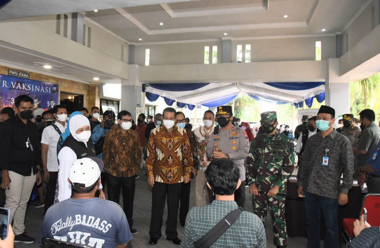 Forkopimda Jatim Cek Vaksinasi Mahasiswa Universtitas Brawijaya Malang