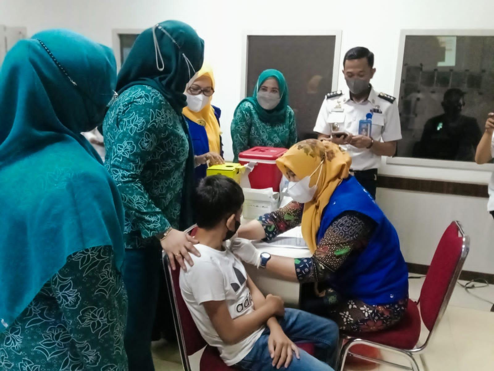 Vaksin Serentak Di Kabupaten Maros Sasar Lima Belas Titik, Siapkan 3.000 Dosis.