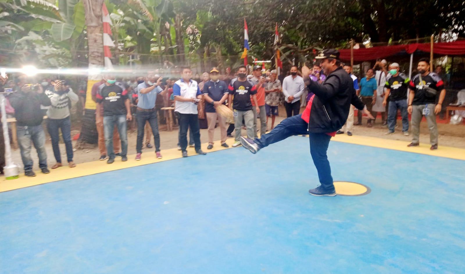 Bupati Maros Chaidir Syam Buka Turnamen Sepak Takraw Mannaungi Open