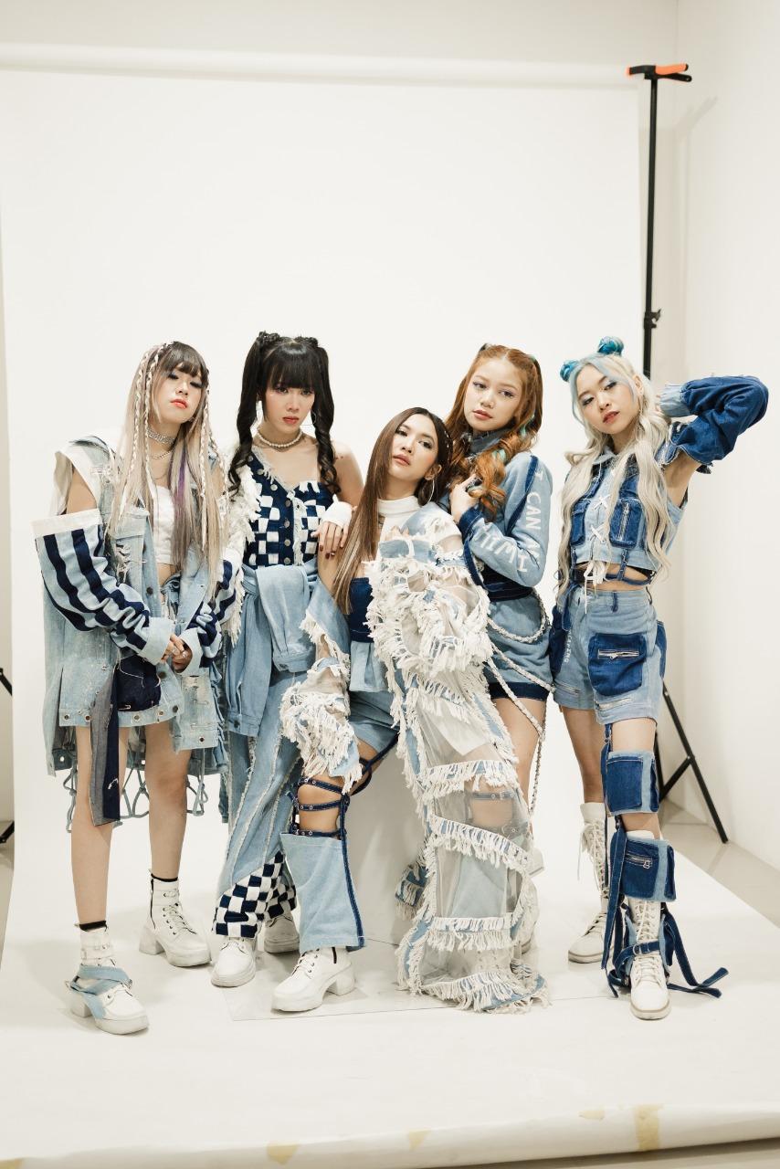 "Kehadiran Single Perdana ""Bad Boy"" Girlband ZIRIUS Sangat Ditunggu Pecinta K-Pop"