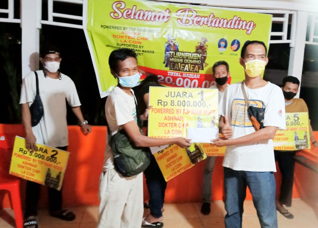 Andri Sabet Juara Satu, Pada Turnamen Higss Domino Tingkat Kabupaten Maros