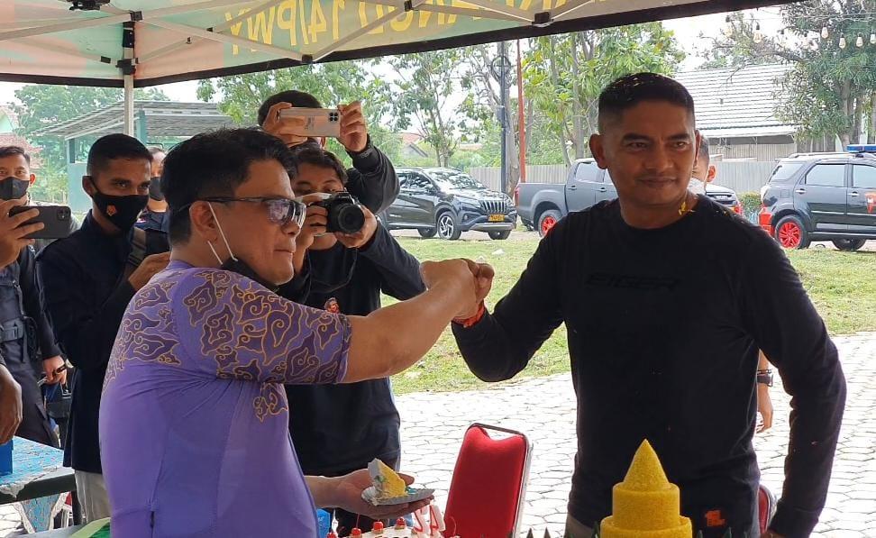 Surprise Buat Danyon Arhanud 14/PWY dari Kapolres Cirebon Kota